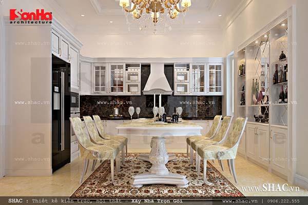 Nội thất phòng bếp cổ điển cho nhà phố kiến trúc Pháp